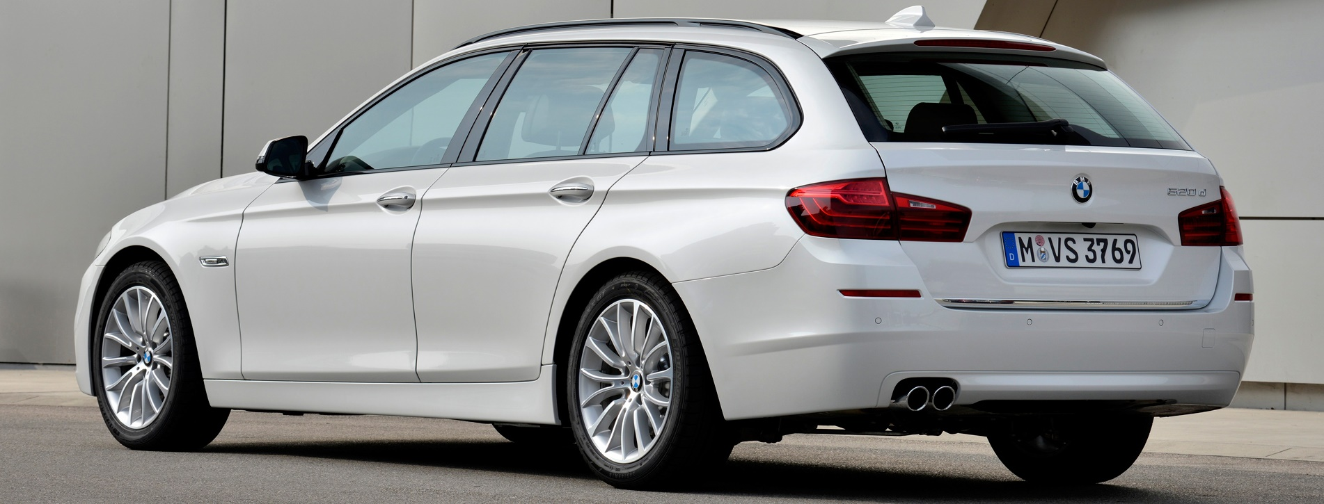 BMW SERIES 5 10 SW 520d Business Touring
